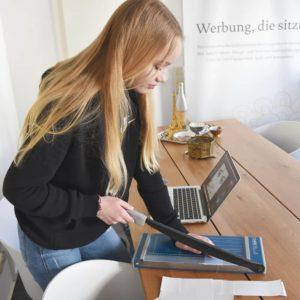 DESIGNSTUUV Slider Schueler Zukunftstag 2019 Bildbearbeitung Adobe