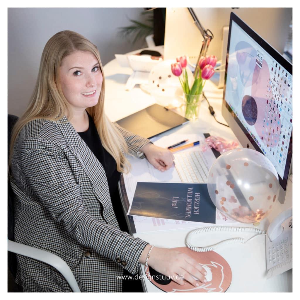 Lina Vorstellungs Post Neu Social Media Manager